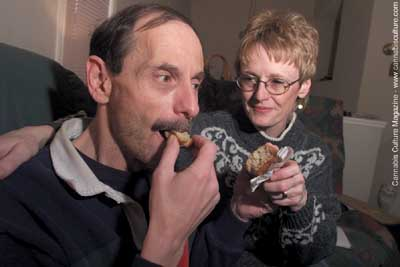 Grant Krieger and wife Marie: eating pot-muffin after return from jail.  photo: CP Archive/Ted Jacob