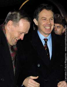 Jean Chr?tien(l) and Tony Blair: pulling one over on pot smokers