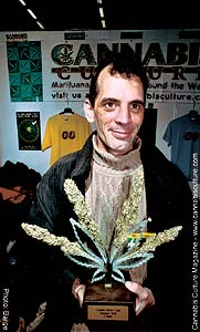 Kautz Felix: this guy grows the best buds in all of Switzerland!