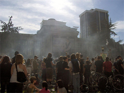 A cloud of smoke drifts above the Vancouver Art Gallery on 4/20.
