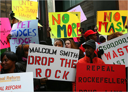 Opponents of the so-called Rockefeller drug laws held a rally outside the governor's office in Manhattan on Wednesday.