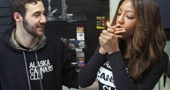 alaska-smoke-marijuana