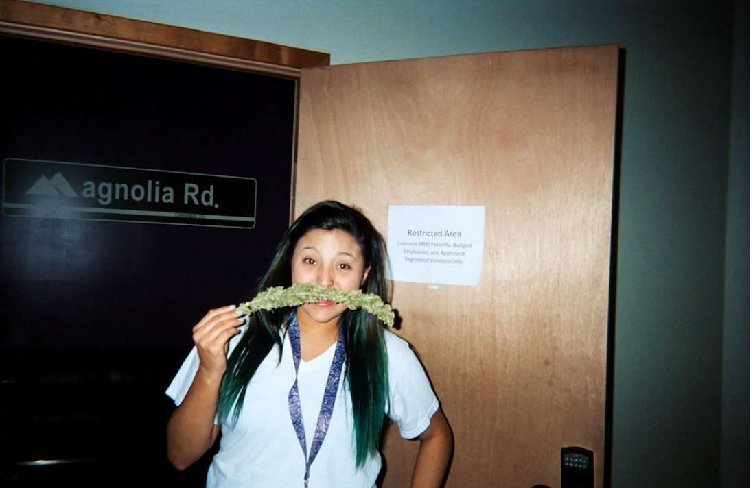 first-person-shooter-weed-dispensary-bud-tender-photos-body-image-1461867864-size_1000