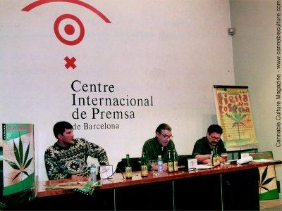 L to R: Jaume Prats (ARSEC), Gaspar Fraga (Ca?amo Magazine) and Felipe Borrallo