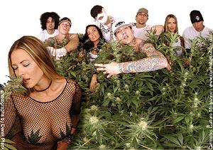l to r: Lou Dog, Johny Richter, Christina, Pakelika, D-loc, DJ Bobby B, Heidi, Daddy X