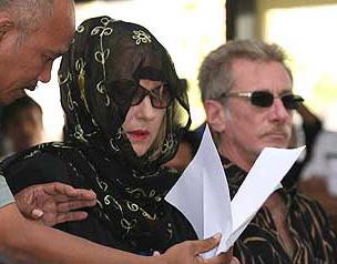 Barbara Higgis and her husband in court