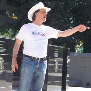 Marc Emery speaking at the City Hall rally for the BC3 (Photo by Robert Thivierge)