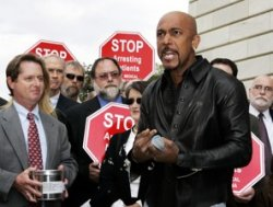 Talk show host Montel Williams's nonprofit Abatin Wellness Center is among those seeking to apply for one of the 15 licenses to grow or sell medical marijuana. - (Manuel Balce Ceneta/Associated Press)