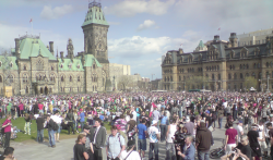 A large smokey and friendly crowd clearly dominated Parliament Hill on 4/20. (Photos by Frank Malenfant - Click to enlarge)