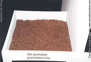 Granulated clay from Tropf.