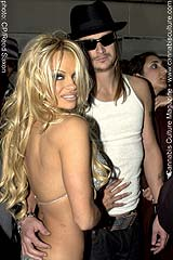 Pamela  Anderson and Kid Rock: our favorite stoner celebrity couple!