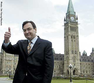 Justice Minister Martin Cauchon: thumbs-up to jailing Canadian tokers.