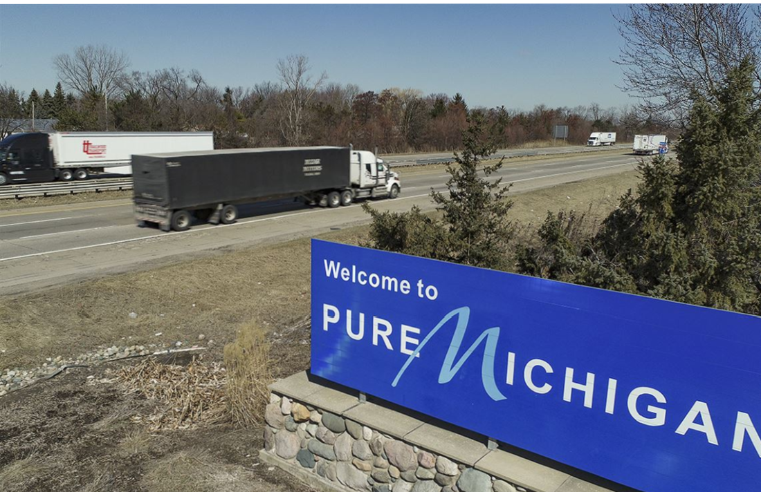 michiganusa2342342323 - Ohio Medical Marijuana Users Crossing State Line Into Michigan For Cheap Deals
